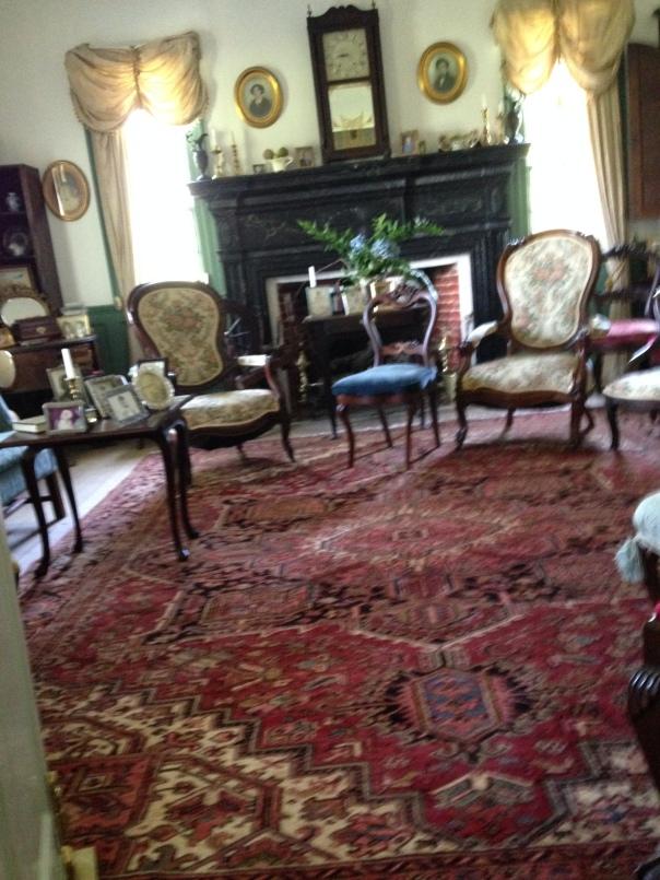 1812 living room